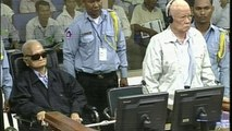 Images du procès de deux dirigeants khmers rouges