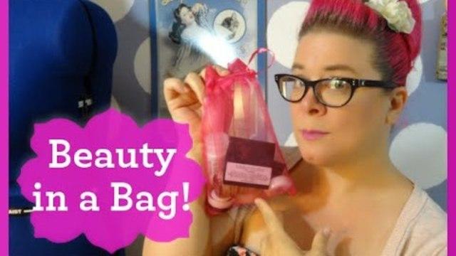 Unboxing Vegan Cuts Beauty Box ~ July 2014