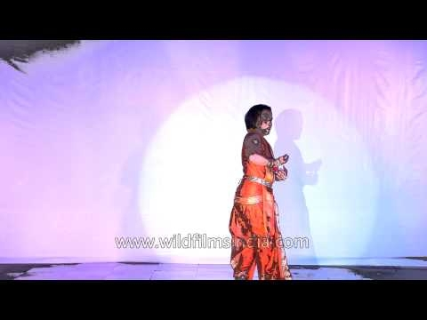 Sanjiv Bhattacharya performs Indian classical dance