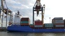 Port de Hambourg - Chargement container