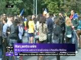 Marș pentru Reîntregirea Neamului Românesc. Mii de manifestanți din Rep. Moldova și din România își doresc ReUnirea, pentru că simt românește, pentru că toata Rep. MOldova simte românește.