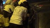 İzmir Makas Atarak Çarptığı Otomobil Sürücüsü de Alkollü Çıktı