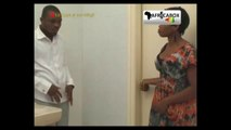 Quand l'homme Africain aime sa femme, mais la trompe quand meme.