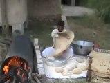 Dev Ekmek Pişiren Adam , Adam Bu işi Aşmış