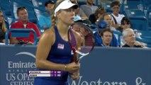 Cincinnati - Wozniacki accroche Kerber