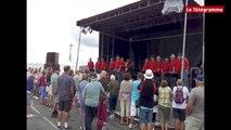 Concarneau. Ambiance chants de marins aux Filets Bleus