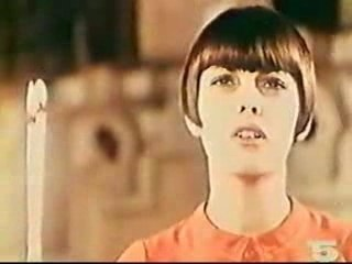 Mireille Mathieu - Qu'elle est belle