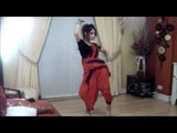 "Pakistani Desi Girl Dance On Mehndi ""Chamak Challo"" (HD)"