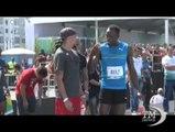 Bolt torna a vincere sulla pista sulla spiaggia di Rio. Corre i 100 metri e pensa alle Olimpiadi