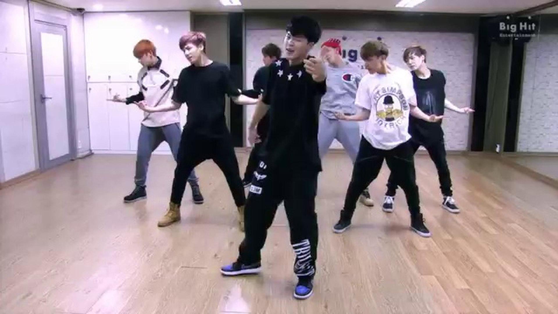 BTS - Boy in luv (dance practice)