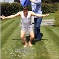 Olly Murs nomina Robbie Williams Ice Bucket Challenge