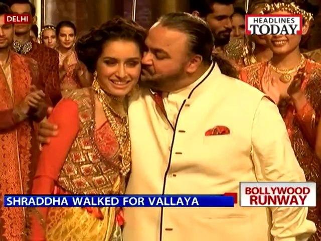 Bollywood Celebs at Bridal Fashion Week