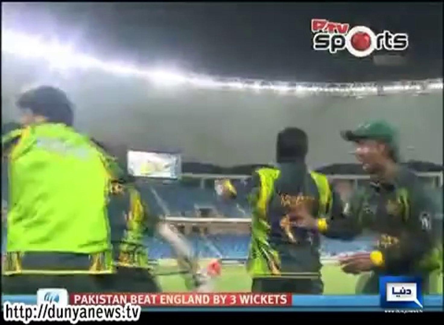 Dunya News - Pakistan under 19 cricket team winning moment