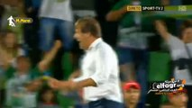 فرحة كوكا بعد تأهل ريو آفي لدور المجموعات من الدوري الأوروبي