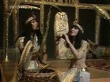 Legs & Co - Egyptian Reggae - TOTP TX: 24/11/1977 & 15/12/1977