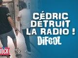 C�dric d�truit la radio pendant une partie de Foot !