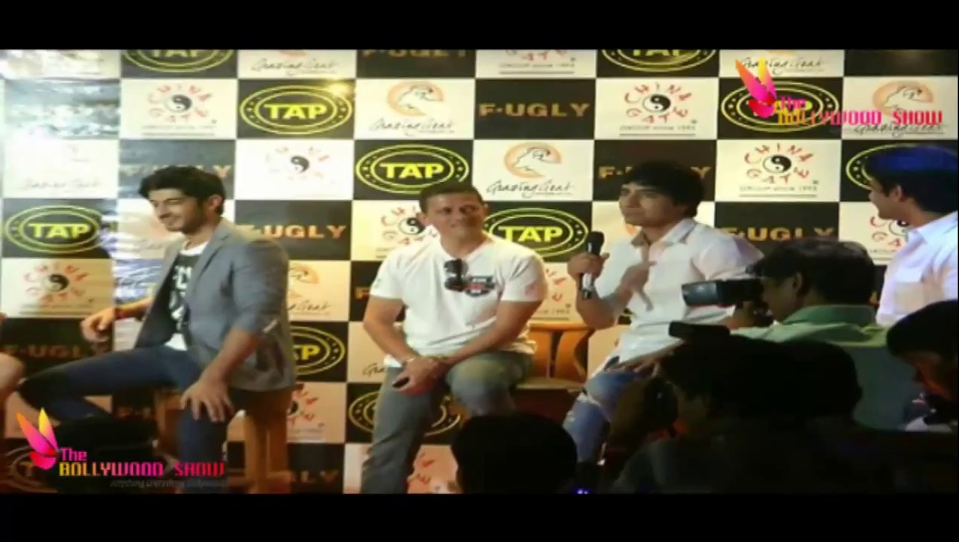 FUGLY Actors Vijender Singh, Kiara Advani, Mohit Marwah & Arif Lamba Launch  Sports