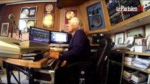 Avec la légende Francis Lai dans son studio de musique