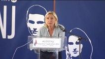 """François Hollande """"doit laisser le peuple s'exprimer"""", affirme Marine Le Pen"""