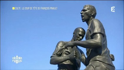 Culte : le coup de tête de François Pinault (statue Zidane/Materazzi)