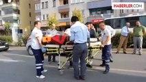 Hastane önünde ambulans bekledi -