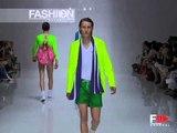 """Burberry"" Spring Summer 2005 1 of 2 Milan Menswear by FashionChannel"