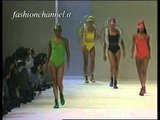 """Issey Miyake"" Spring Summer 1993 Paris 3 of 5 pret a porter woman by FashionChannel"