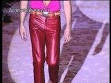 """""""Romeo Gigli"""" Spring Summer 2001 Paris 3 of 3 Menswear by FashionChannel"""