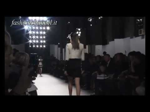 """Giambattista Valli"" Autumn Winter 2011 2012 Paris 2 of 3 pret a porter women by FashionChannel"