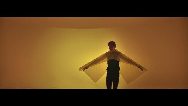 BROMANCE #17 - DÉGUISEMENT - SAM TIBA (official music video)