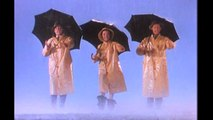 Bande-annonce : Chantons sous la pluie - VO