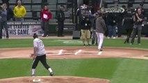 Insolite - NBA : Joakim Noah pas vraiment à l'aise avec une balle de baseball (vidéo)
