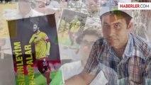 Adliye Çalışanları Sabri'li, Müslüm Gürses'li İş Bırakma Eylemi Yaptı