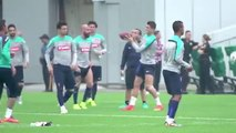Cristiano Ronaldo Throws Passes at the New York Jets  Practice Facility Bleacher Report