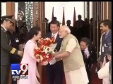 PM Narendra modi welcomes President Xi Jinping in Ahmedabad - Tv9 Gujarati