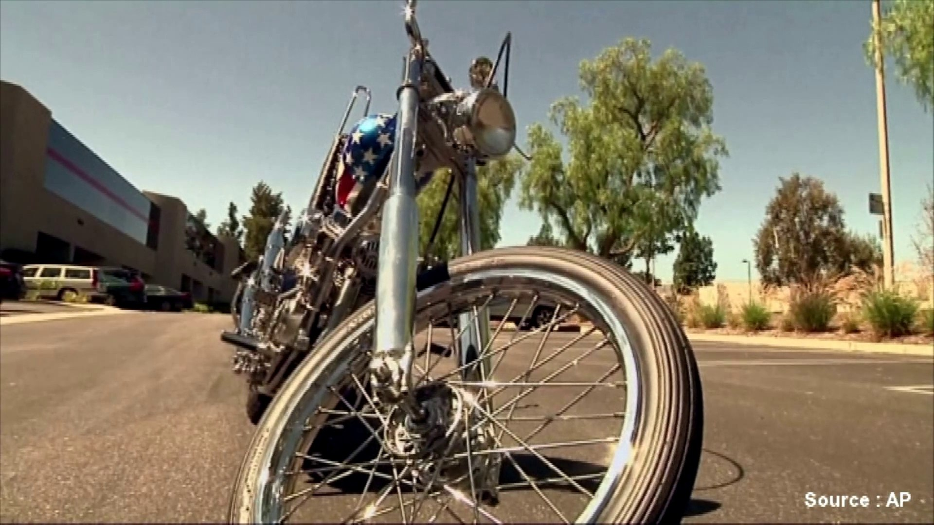 A vendre: la Harley-Davidson de Peter Fonda dans Easy Rider