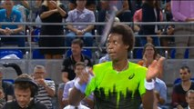 Monfils powers through to quarter finals