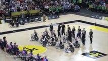Handisport : Le haka des Néo-Zélandais avant un match de basket fauteuil