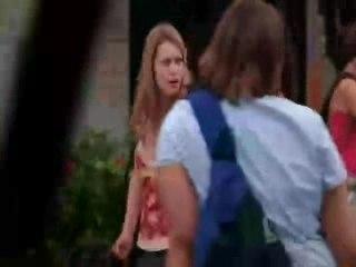 Le face à face entre Haley et Nathan