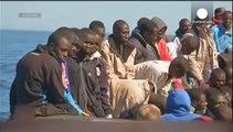 مقتل ما لا يقل عن 10 مهاجرين غير شرعيين