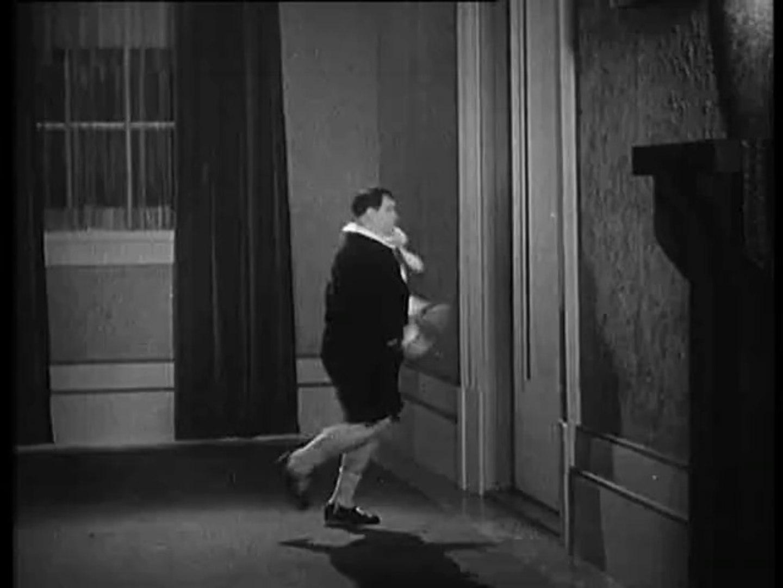 Brats(B&W) 1930 - Laurel & Hardy