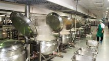 Iranian kitchens serve Hajj pilgrims in Saudi Arabia
