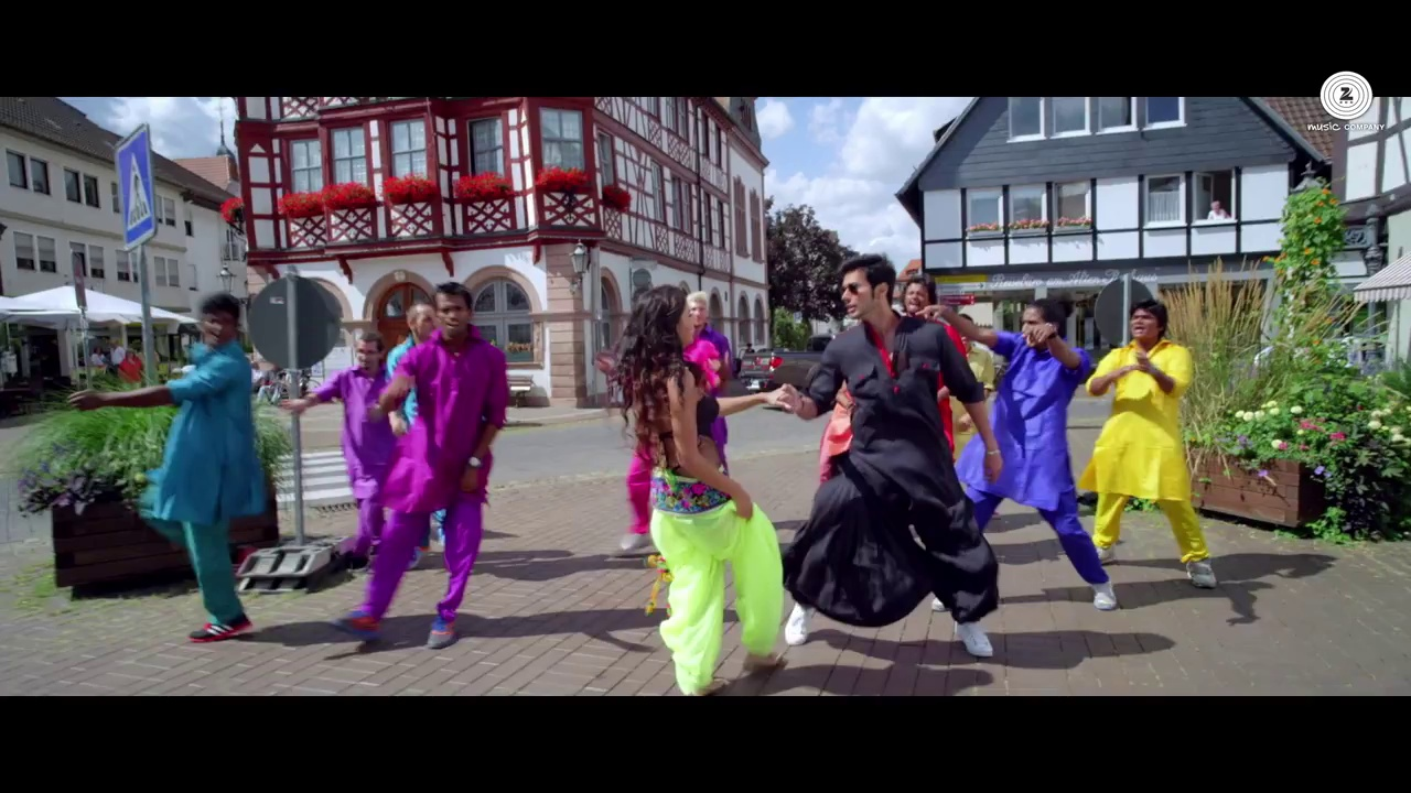 Ishq Da Virus Lagaya Dil Ke Software Mein – Official Video HD – SPARK – Mikka Singh