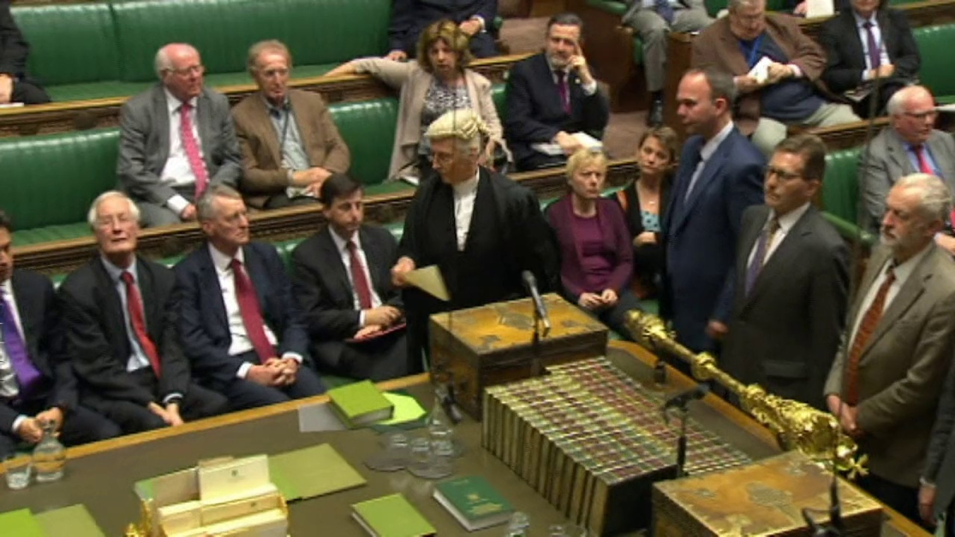 MPs vote to join air strikes on the Islamic State