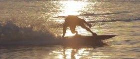 Une planche électrique pour surfer sans vagues