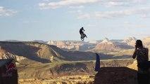 Sauter un Canyon en VTT - Red Bull Rampage 2014