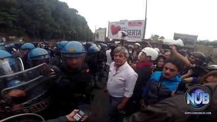 #BlockBce, improvviso lancio di lacrimogeni e idrante sui manifestanti