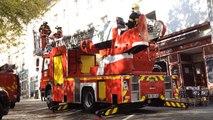 Les pompiers déploient la grande échelle