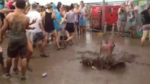 Mud Worms - Strange Mud Party And Crazy People