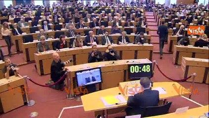 06-10-14 BRUXELLES DOMBROVSKIS COMM DIALOGO SOCIALE CRESCITA PRIORITA UE w01_09
